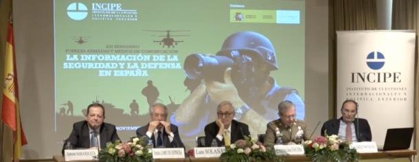 Imagen del panel de conferenciantes en la Fundación INCIPE sobre la Información de la Seguridad y la Defensa en España (16-11-2018)